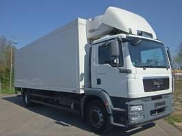 koelwagen vrachtwagen MAN TGM 18.250 4x2 LL CARRIER SUPRA 950 KLIMA LBW Tr 2009