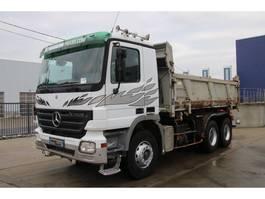 kipper vrachtwagen > 7.5 t Mercedes Benz ACTROS 3332 K 2005