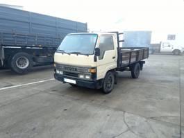 platform vrachtwagen Toyota Dyna 150 2L engine 3.5 ton left hand drive. 1990