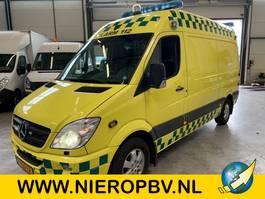 ambulance bedrijfswagen Mercedes Benz sprinter 315cdi ambulance airco 2007