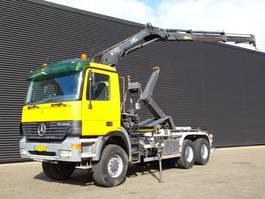 containersysteem vrachtwagen Mercedes Benz ACTROS 3340 / 6X6 HOOKLIFT + CRANE / 370 DKM! 2002