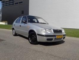 hatchback auto Skoda Felicia, 5Drs 1,3 MPI APK tot 30-03-2021 1999