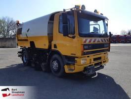 Veegmachine vrachtwagen DAF CF65 Bucher Schorling veeg-zuigwagen 1995