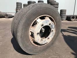 banden vrachtwagen onderdeel Bridgestone TR227 = 215-75R 17.5 2015
