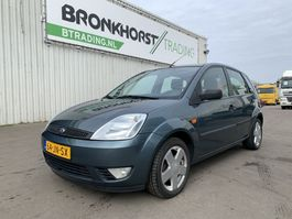 hatchback auto Ford Fiesta 1.4i First Edition - Airco - 7108 2002