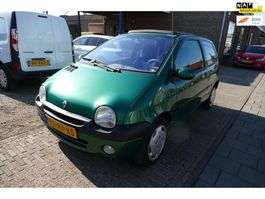 hatchback auto Renault Twingo 1.2-16V Epicéa Quickshift 5 AUTOMAAT AIRCO 2002