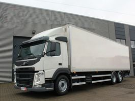 bakwagen vrachtwagen > 7.5 t Volvo FM 330 2020