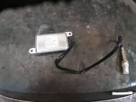 Uitlaatsysteem vrachtwagen onderdeel Iveco NOX  sensor 41271167 voor iveco