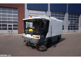 Veegmachine vrachtwagen Ravo 5002 1995