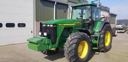 standaard tractor landbouw John Deere 8410 2000
