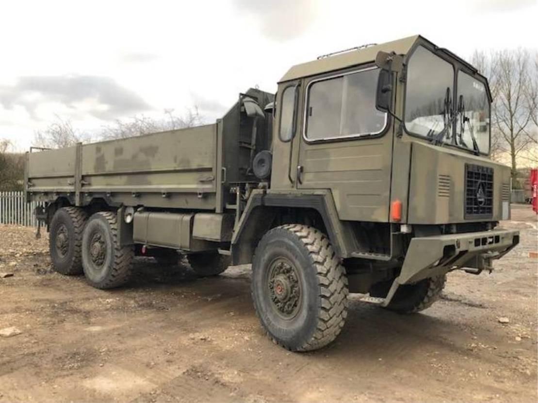 leger vrachtwagen Saurer Saurer 10DM 6x6 truck with winch 1985