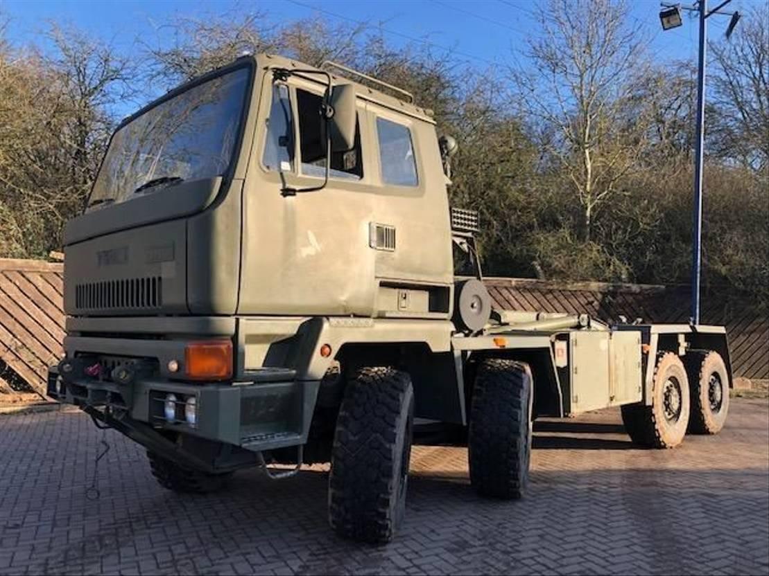 leger vrachtwagen DAF Leyland DAF Scammell 8x6 Multi lift container carrier Hook Loader truck Ex 1995