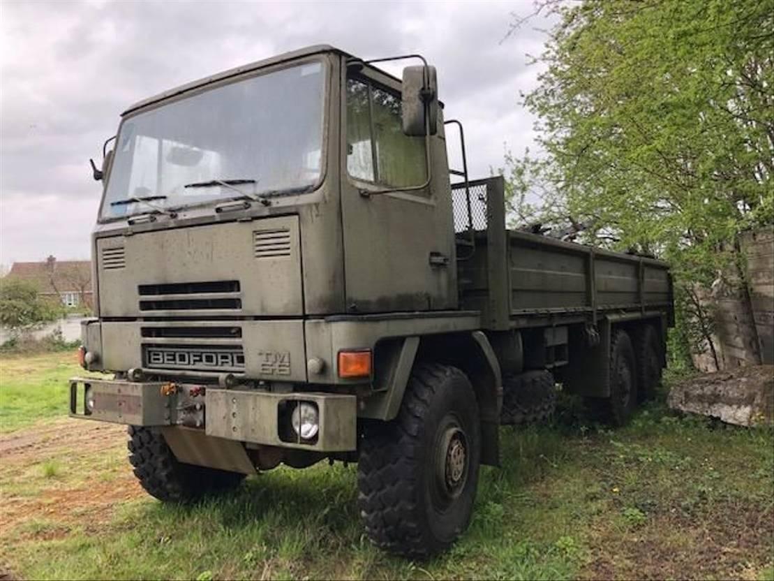 leger vrachtwagen Bedford Bedford TM 6x6 Cargo truck ex army 1988