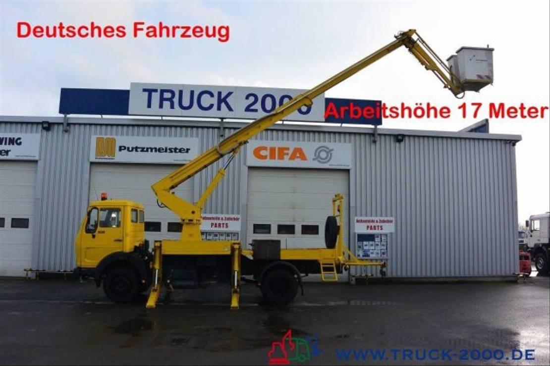 autohoogwerker vrachtwagen Mercedes-Benz 1013 Ruthmann 17 m seitl. Auslage 13 m isoliert 1980
