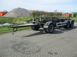 overige vrachtwagen aanhangers Renders Rac 10.18 Containeraanhanger 3 assen lengte achter pootjes 6.80 meter 2001