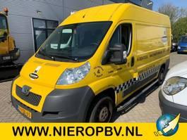 gesloten bestelwagen Peugeot boxer l2h2 airco 2012