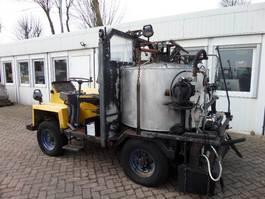 bitumensprayer vrachtwagen Burtec TSM 800 L 1998