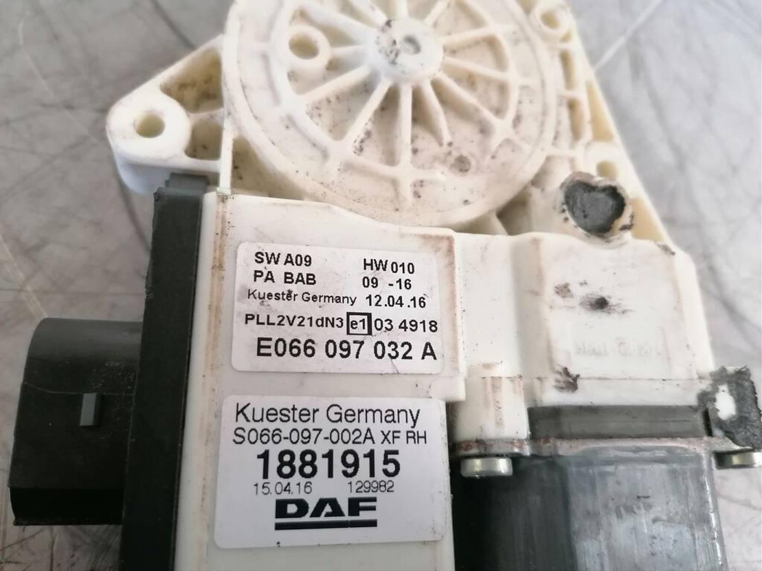 Elektrisch raammechaniek vrachtwagen onderdeel DAF xf 106 2014