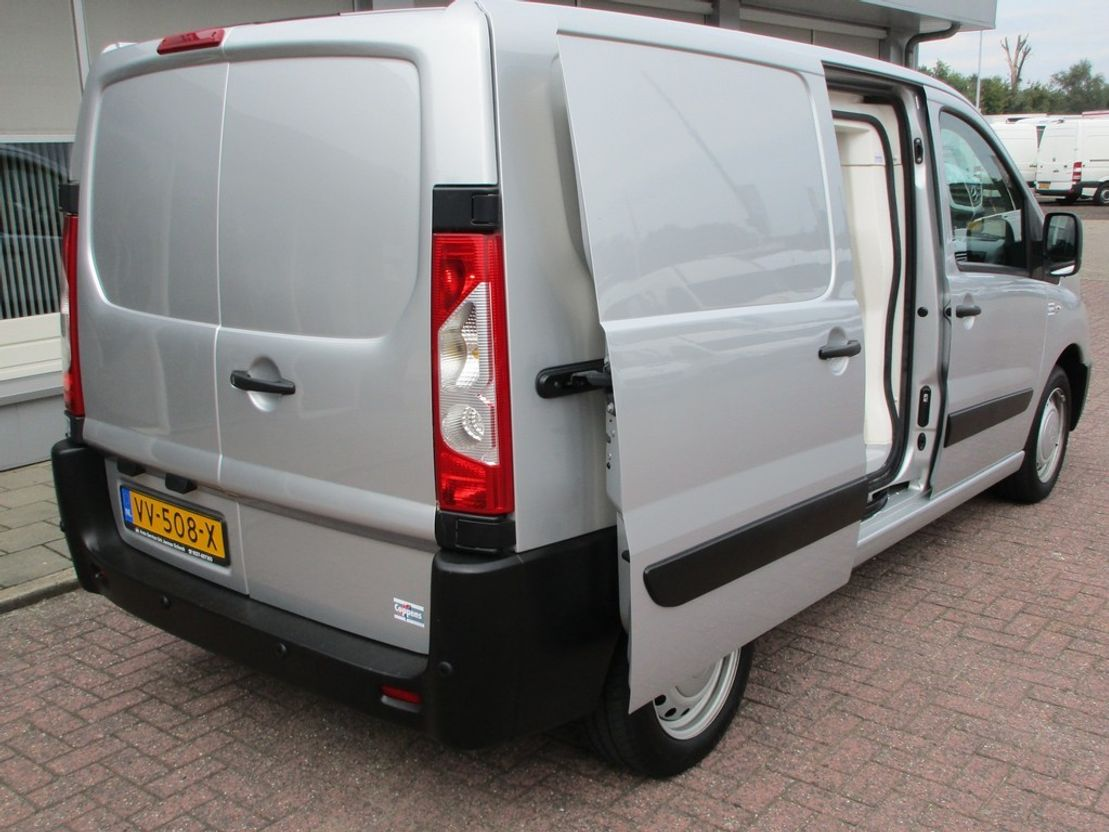 koelwagen bestelwagen Peugeot Expert Peugeot Expert 2.0 Koelwagen !In zeer nette staat! 2012