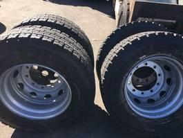 banden vrachtwagen onderdeel Michelin M+S
