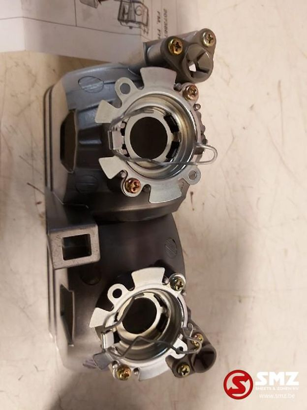 Mistlamp vrachtwagen onderdeel Volvo mistlicht reflector koplamp links
