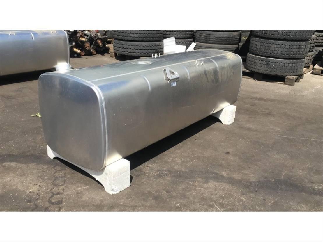 brandstof systeem bedrijfswagen onderdeel DAF 1944802 FUEL TANK  765 LTR 2112X675X620 MM 2019
