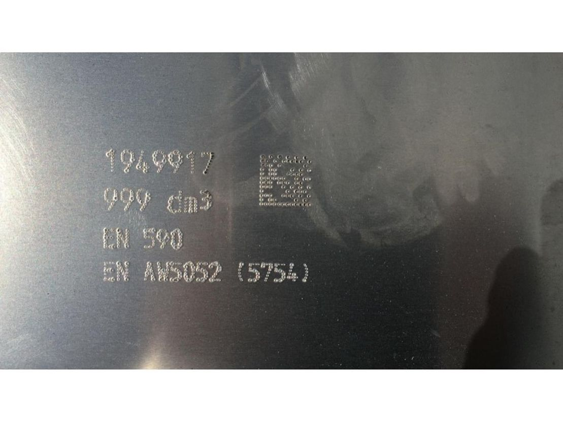 brandstof systeem bedrijfswagen onderdeel DAF 1949917 FUEL TANK 999 LTR 2269X700X700 MM 2020