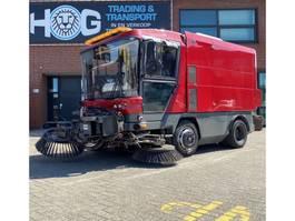 Veegmachine vrachtwagen Ravo 540 met 3de Borstel 2020