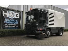 Veegmachine vrachtwagen Ravo 560 - EURO 5 RAVO 560 EURO5 met kenteken 2010