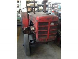 standaard tractor landbouw Hanomag R45