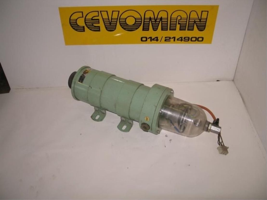 brandstof systeem bedrijfswagen onderdeel MAN mazoutfilter + waterafscheider