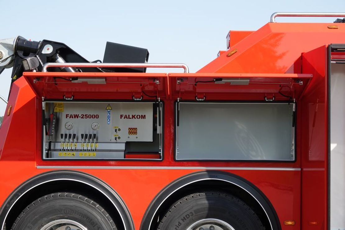 takelwagen-bergingswagen-vrachtwagen Volvo FMX 540 8x4 Globetrotter Nieuw Model
