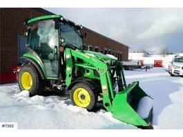 standaard tractor landbouw John Deere 2036R with lots of equipment! 2018