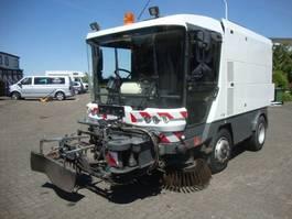 Veegmachine vrachtwagen Ravo RAVO560  60KM STRAATVEEGMACHINE WITH REGISTRATION 2007