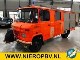 brandweerwagen vrachtwagen Mercedes Benz 608d brandweer wagen 10600km met stuurbekrachtiging 1982
