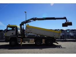 kraanwagen MAN TGS 32.400 6X6 2 SIDE TIPPER WITH HMF 2020 CRANE 2010