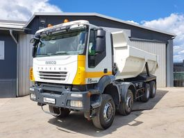 kipper vrachtwagen > 7.5 t Iveco TRAKKER AD410T45 8X8 dumper tipper 2007