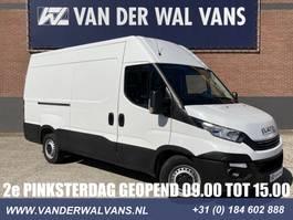 gesloten bestelwagen Iveco Daily 35S16V L2H2 *AUTOMAAT* Euro6 Airco, parkeersensoren, 3500kg trekge... 2018