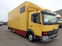 paardenvrachtwagen Mercedes Benz atego 817 + manual + euro 2 2001