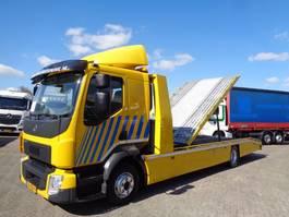 autotransporter vrachtwagen Volvo FL 210 + Pto + Euro 6 2014
