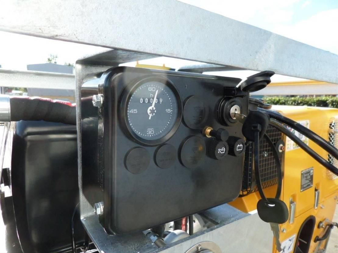 semi dieplader oplegger Diversen Hatz Hydraulic Diesel Silentpack for heavy transport equipment 2020