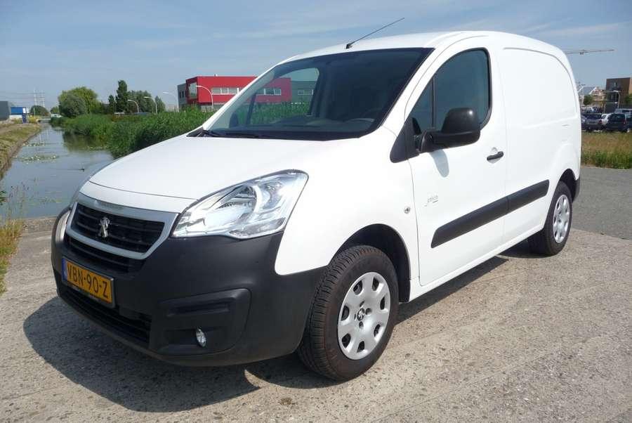 Peugeot - Partner FULL Electric L1 220V  lader 2