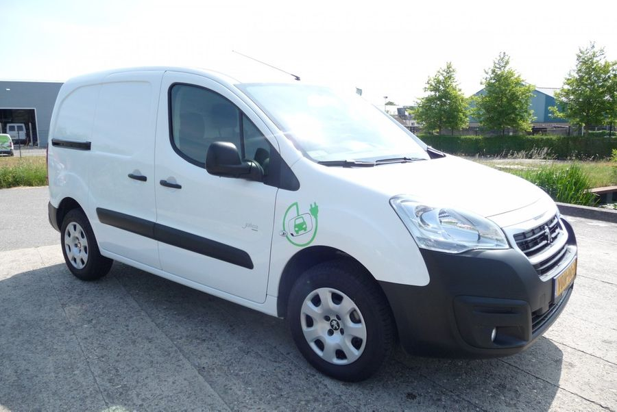 Peugeot - Partner FULL Electric L1 220V  lader 5