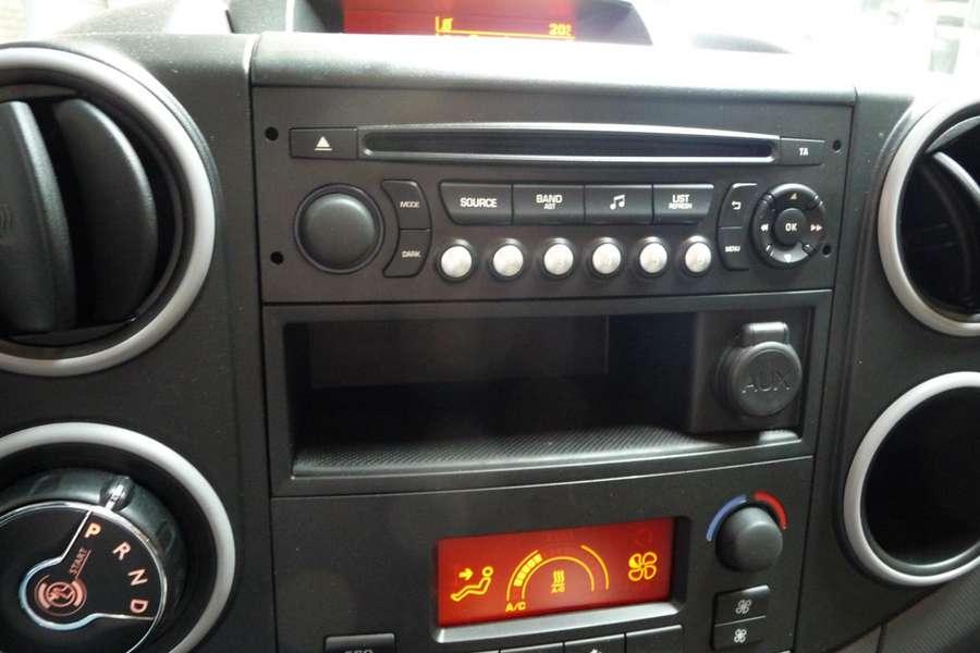 Peugeot - Partner FULL Electric L1 220V  lader 18