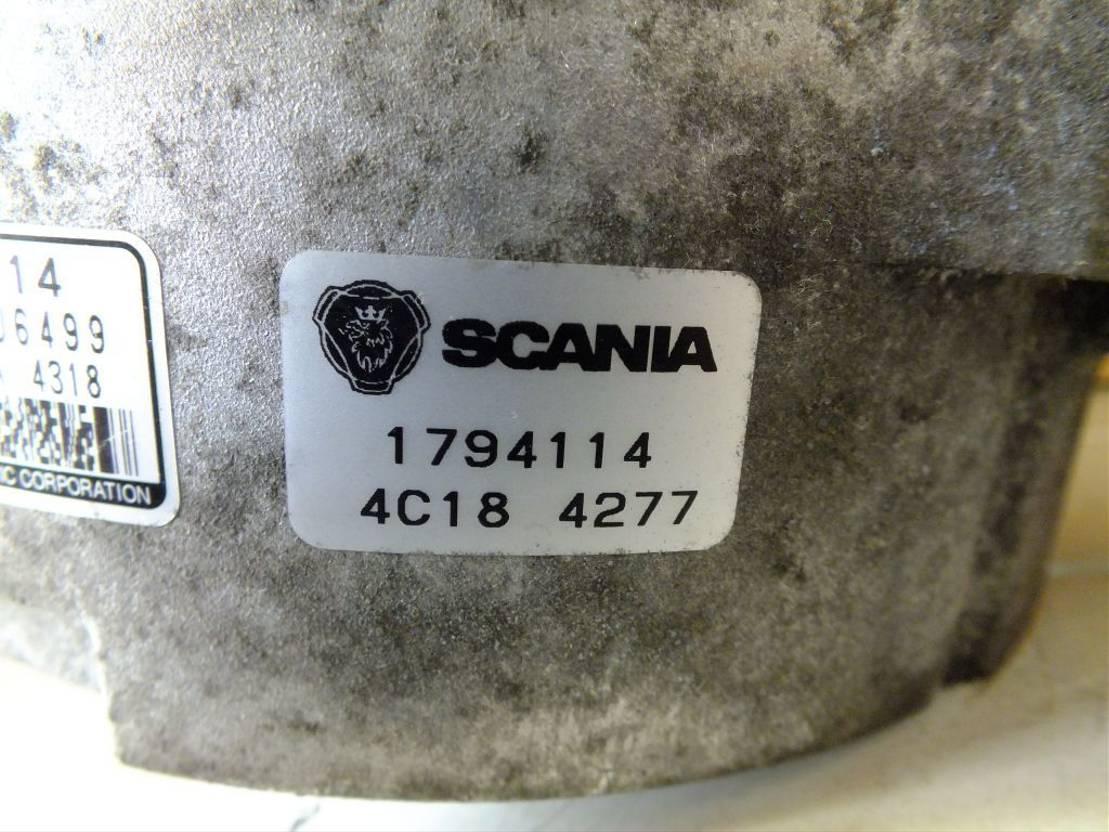 dynamo vrachtwagen onderdeel Scania Lichtmaschine