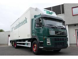 bakwagen vrachtwagen > 7.5 t Volvo FM 340 6X2 BOX 9.00X2.60X2.48 2 X SLIDING DOORS 2006