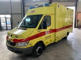 ambulance bedrijfswagen Mercedes Benz sprinter 416cdi AMBULANCE AIRCO 2006