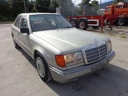 limousine auto Mercedes Benz 250D 250D 1992