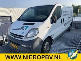 gesloten bestelwagen Opel VIVARO 1.9DTI 2.9T L2H1 2005