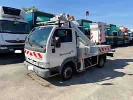 autohoogwerker vrachtwagen Nissan CABSTAR.E 120 2004